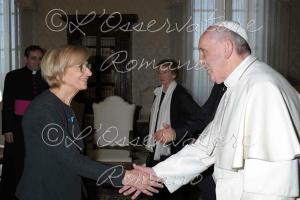 Papa Francesco con Emma Bonino.