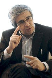 Andrea Tornielli, il più opportunista dei vaticanisti italiani.