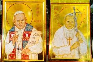 due-papi-santi-papa-giovanni-XXIII-papa-Giovanni-paolo-II-nuove-icone