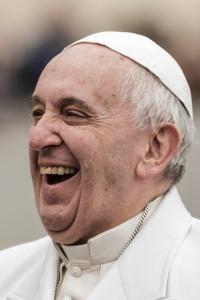 El Papa Francisco piace perché non converte.