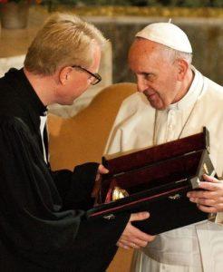 Francesco alla Christuskirche luterana di Roma.