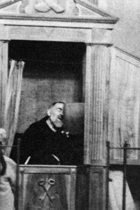 Padre Pio, confessore modello, sotto i gomiti e le ginocchia del penitente non metteva i cuscini, ma i ceci.