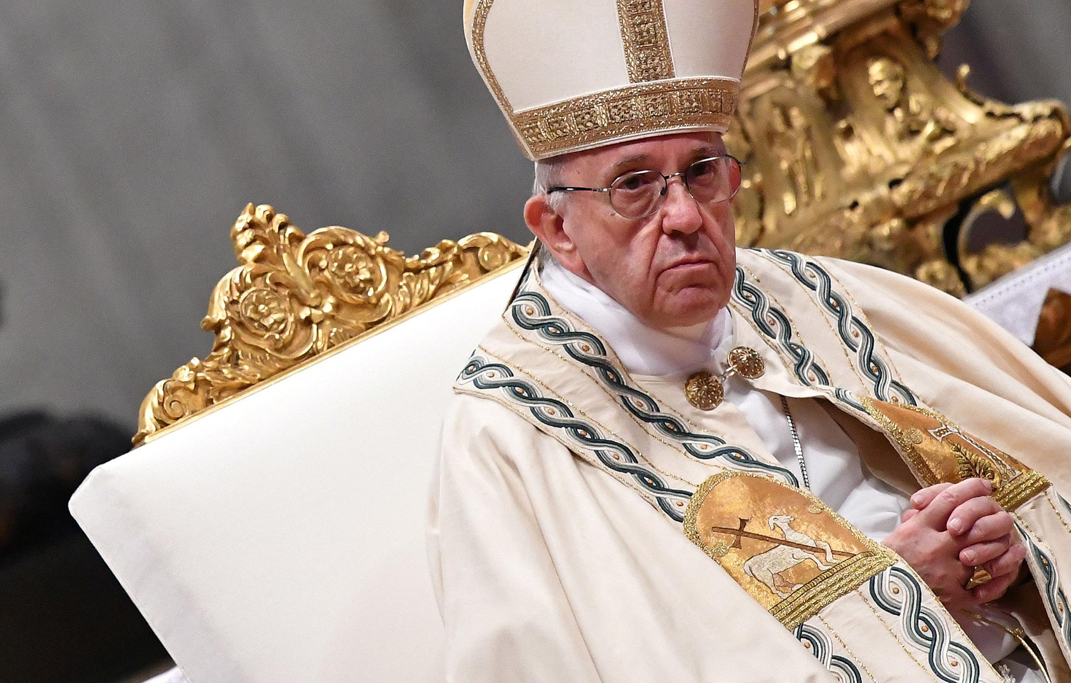 La crisi della fede e il silenzio di papa Francesco