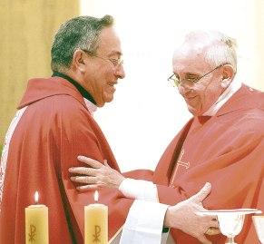 cardenal-rodriguez-papa-francisco2